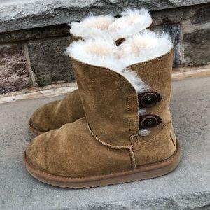 Kids short Uggs Bailey boots